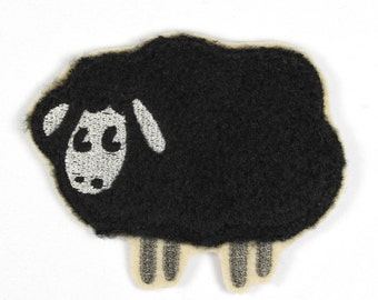 Patch sheep black sheep Berni 8,5 x 7cm
