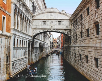 Bridge of Sighs - Venice, Italy Photography - Travel Photography - Fine Art Photography - Digital Photography - Wanderlust - Architecture