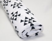 Arrow Triangles Swaddle Blanket, Baby Swaddler, Baby Receiving Blanket, White Swaddler, Lightweight Cotton Blanket, READY TO SHIP