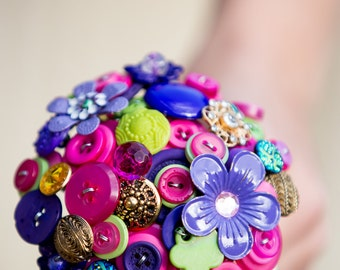 Flower girls posy button bouquet