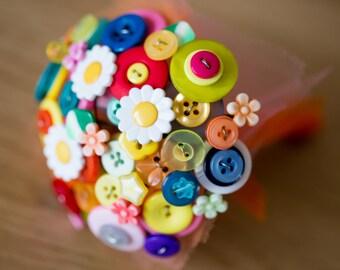 Flower girls button posy