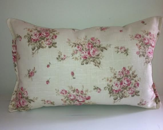 Shabby Chic Linen Pillows : Pillow Linen and Roses Shabby Chic