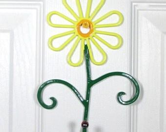 flower wall hook metal handpainted yellow daisy