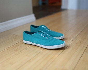 vintage turquoise blue canvas slip on oxfords 9 1/2