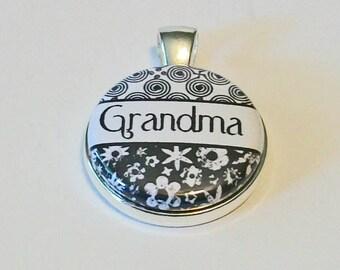 So Pretty Black and White Damask Grandma Grandmother Round Silver Pendant