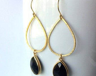 Black Stone Teardrop Hoop Gold Earrings, Modern Gold Teardrop, Vermeil Wires