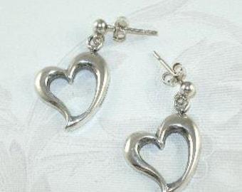 925 Sterling Silver Floating Heart Earrings