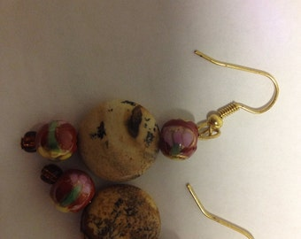 Tan and Red Flower Beads