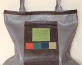 Elegant and cheerful shopper bag