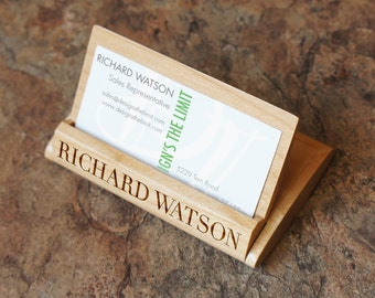 Design's Maplewood Folding Business Card Holder with Font Selection