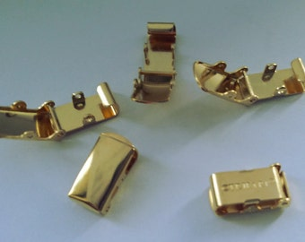 12 x Vintage marked TRIFARI fold over clasp closure - 18k gold plate