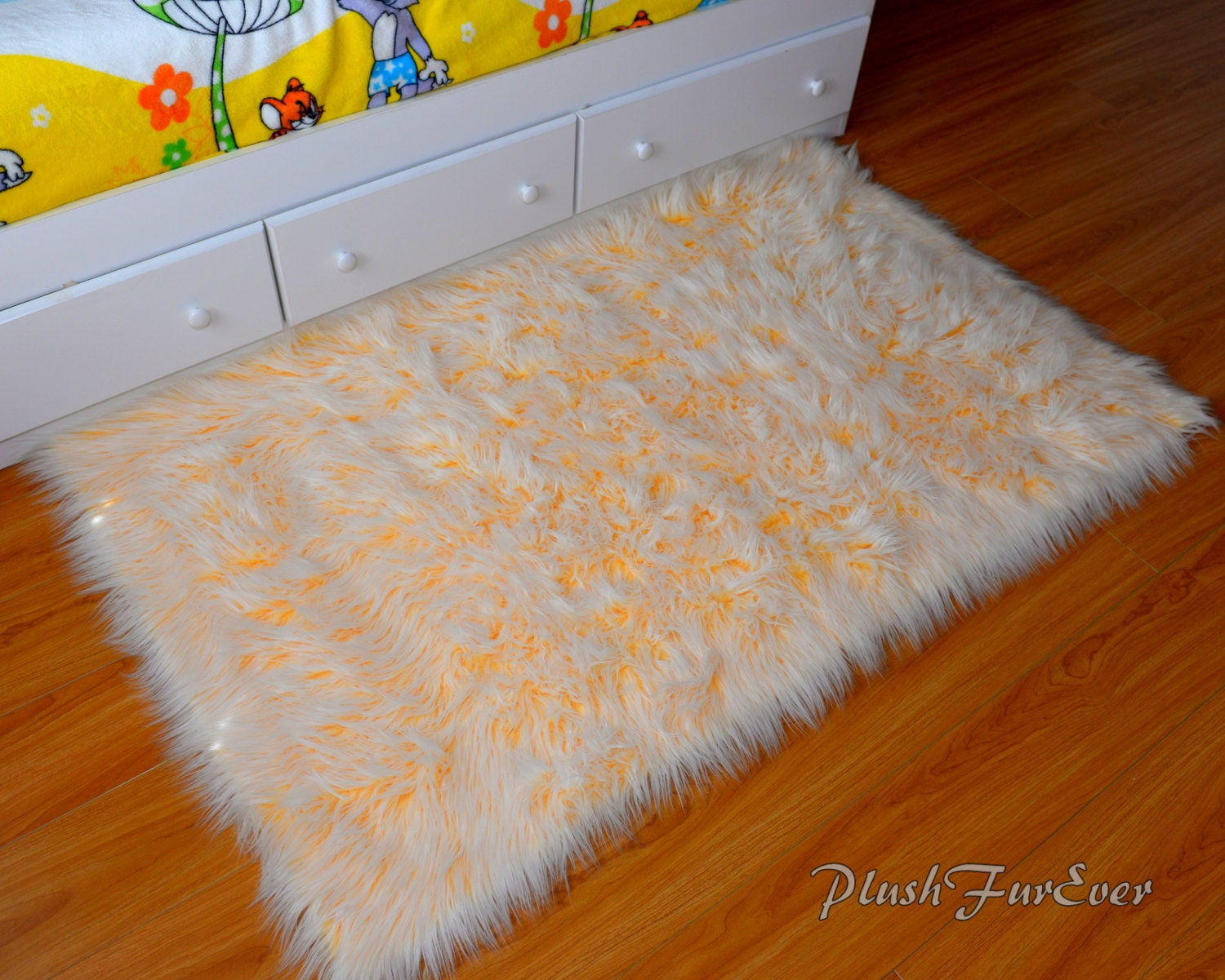 yellow white mongolian rugs long luxurious faux fur area throw rug luxurious contemporary modern. Black Bedroom Furniture Sets. Home Design Ideas