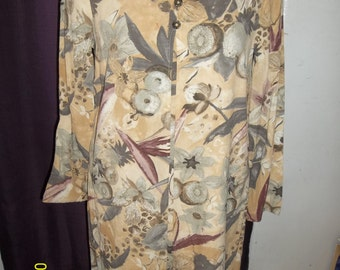 CAROLE LITTLE DESIGNER Dress, Size 10, Rayon, Imported Fabric, Made in America, variation of tent dress, pleat front, classy, work, floral