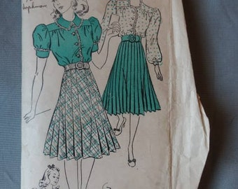 1930s/1940s New York Pattern #1345 Dress with Ruffle Trim and Pleated Skirt Size 32 Bust