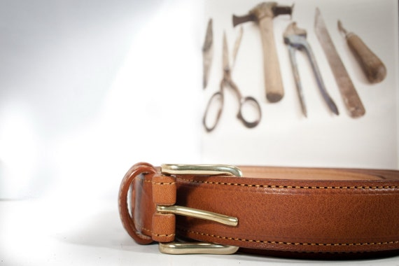 "Belt Leather Greased ""Tuscan Vacchetta"" vegetable tanned solid brass buckle lined by nubuk leather"