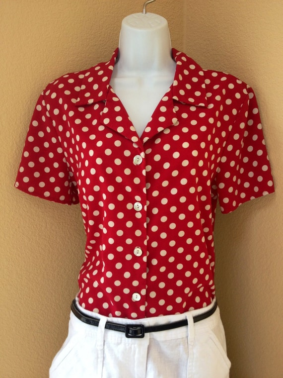 Rockabilly White polka dot blouse Chiffon turtle collar blouson Party high stand collar blouse drapery collar blouse Hipster Pin Up top Girls Blouse - % cotton short sleeve Polka dots Blouse - Various colors available Red Polka Dot Blouse 80s Top Button Up Shirt Long Sleeve Cotton s Ruffle Collar Romantic Vintage Medium Size.