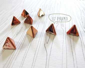 20pcs decorative Pyramid studs