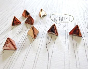 20pcs decorative Pyramid studs