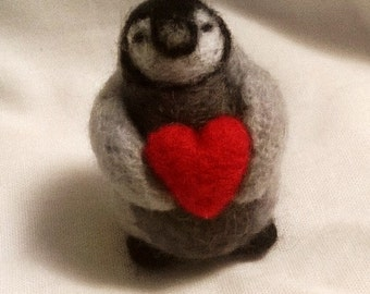 Penguin Brooch - Needle Felted animal badge - handmade wool felted badge