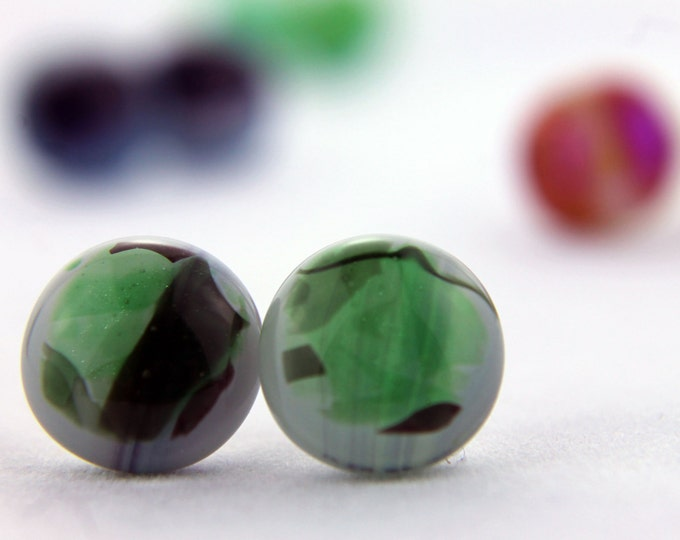 Green Streamers Stud Earrings,  Fused Glass Earrings, 13mm