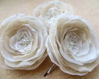 Cream Bridal flower hair clips (3 pcs), bridal hair accessory,bridal floral headpiece, wedding hair accessories, bridal hair  READY TO SHIP