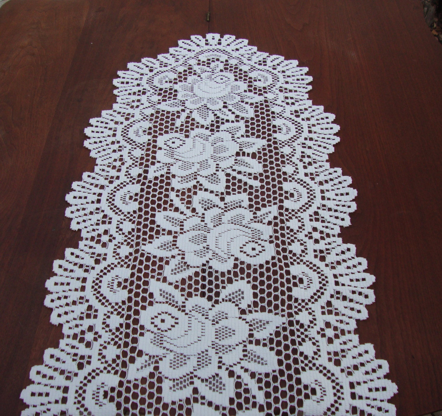 lace table runner dresser scarf beige ecru by ramblinranch
