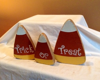 Happy Halloween Trick or Treat Candy Corn wooden Decoration