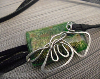 PENDANT, Glass with metal butterfly, JEWELRY, women's accessory