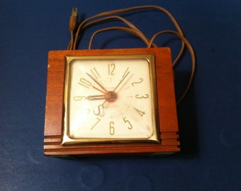 Vintage 1940's Sessions Alarm Clock