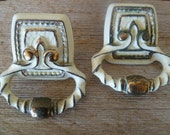 Vintage Set of  White Distressed Chippy Drawers Pulls Knobs