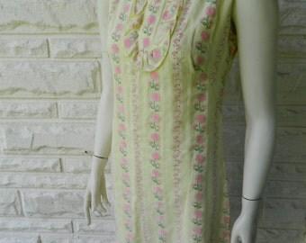 Beeline yellow shift dress / lined