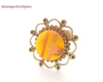 Fabric ring on filigree base