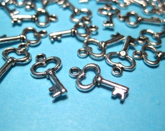 64pcs Antique Silver Key Charms Pendants Craft supplies