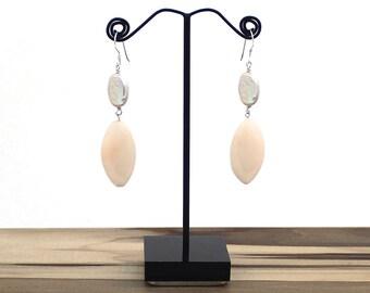 Peachy Keen Pearl Earrings