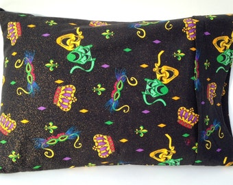"12""x16"" Traditional Style Travel Pillow Case in a Mardi Gras Print"