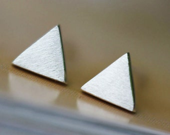 Earrings. 925 sterling silver.Wire drawing,Triangle.077