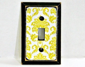 Single Switchplate, Vintage Style Decoupaged Switch plate, Chartreuse Damask, Shabby Chic Switchplate, Decorative Switchplate Cover