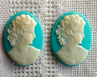 White and Turquoise Vintage Lucite Cameos 25 x 18 mm - Set of 2