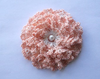peach crochet flower brooch, cream crochet brooch, flower brooch, handmade, crochet, pin accessory, corsage, wedding, mother of the bride