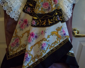Ladies' Vintage Floral Pattern Scarf