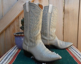 Vintage 80s NOCONA Light Grey and White Women's Cowboy Boots Size 5