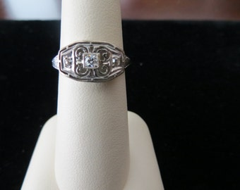 White Gold Art Deco Filigree Diamond Ring