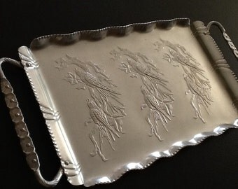 "Vintage Everlast Aluminum Tray <> Hand-Forged Bird Motif <> Large 18 1/2"" X 10"" <> 1940's"