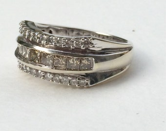 Champagne Diamond Ring / White Gold