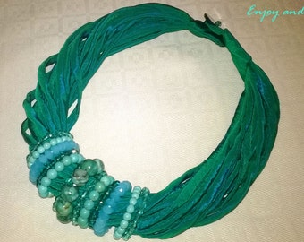 Necklace with turquoise and Crystals