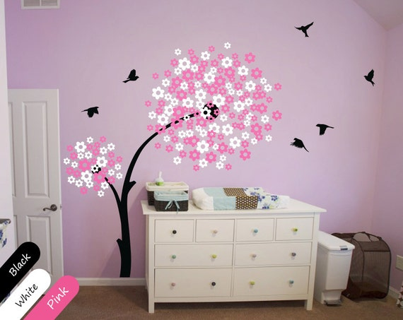 Moderne baby kinderzimmer wandtattoo baum wall decal mit for Moderne kinderzimmer