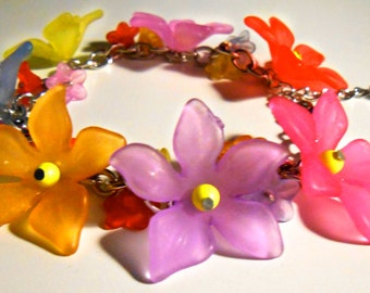 Lucite Flower & Swarovski Pearl 'Summer' Bracelet **FEATURED IN BEAD**