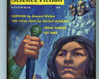 """51 year old, pulp Science Fiction book, """"Fantasy and Science Fiction""""   Good condition.  215a"""