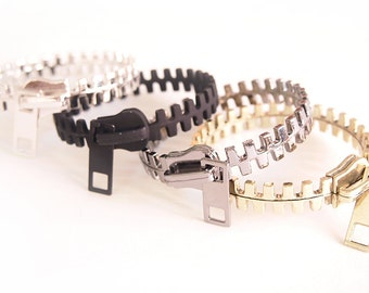 Modern Zipper Round Bangle