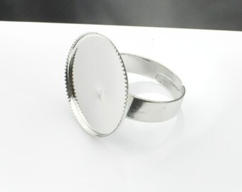 100PC Silver ring--Shiny Silver Ring Base Adjustable with 20mm Round Pad.